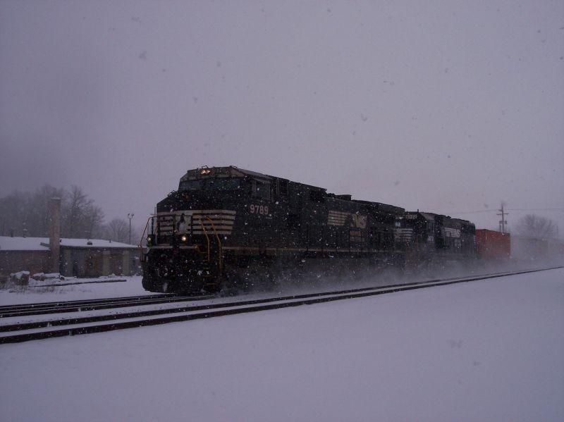 Container train
